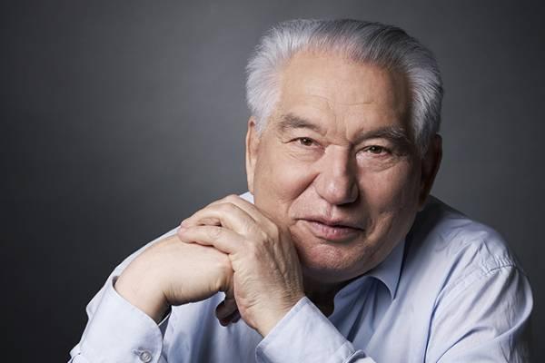 Чингиз Айтматов – биография, фильмы, фото, личная жизнь, последние новости 2019