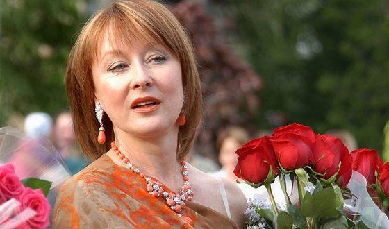 Лариса Удовиченко – биография, фильмы, фото, личная жизнь, последние новости 2019