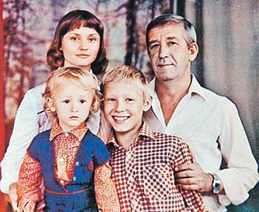 Борислав Брондуков – биография, фильмы, фото, личная жизнь, последние новости 2019