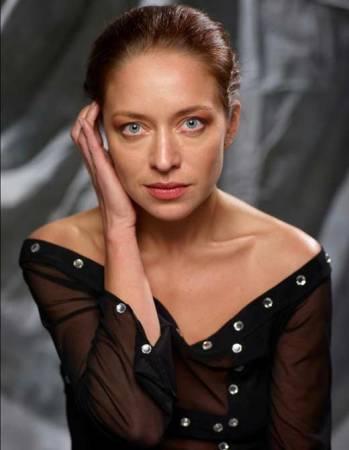 Серафима Низовская – биография, фильмы, фото, личная жизнь, последние новости 2019
