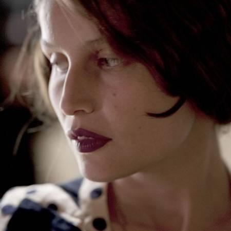Летиция Каста – биография, фильмы, фото, личная жизнь, последние новости 2019