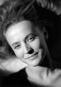 Юлия Деллос – биография, фильмы, фото, личная жизнь, последние новости 2019
