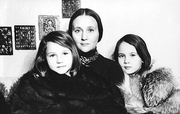Микаэла Дроздовская – биография, фильмы, фото, личная жизнь, последние новости 2019